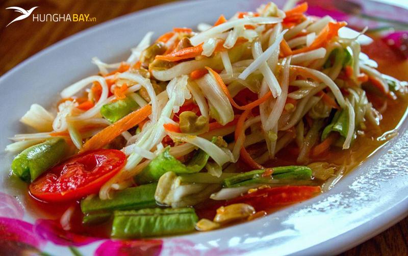 Tam Maak Hung (nộm đu đủ) - Món ngon của Lào