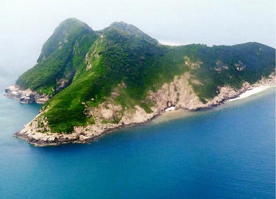 Đặt vé máy bay đi Côn Đảo để tận hưởng và chiêm ngưỡng thiên nhiên tuyệt đẹp của hòn đảo