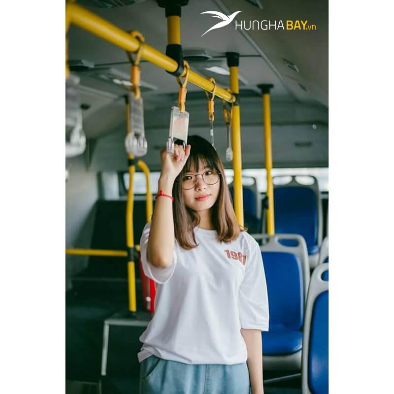 Di chuyển bằng xe buýt từ sân bay về Nam Định