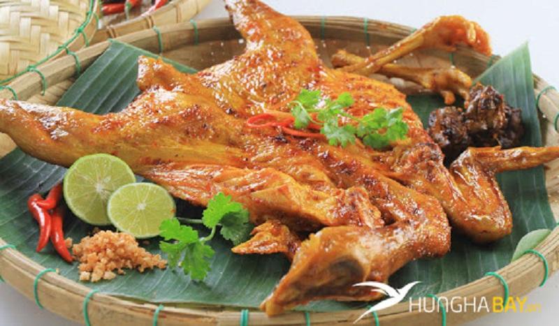 Gà Lôi Âm nướng Quảng Ninh