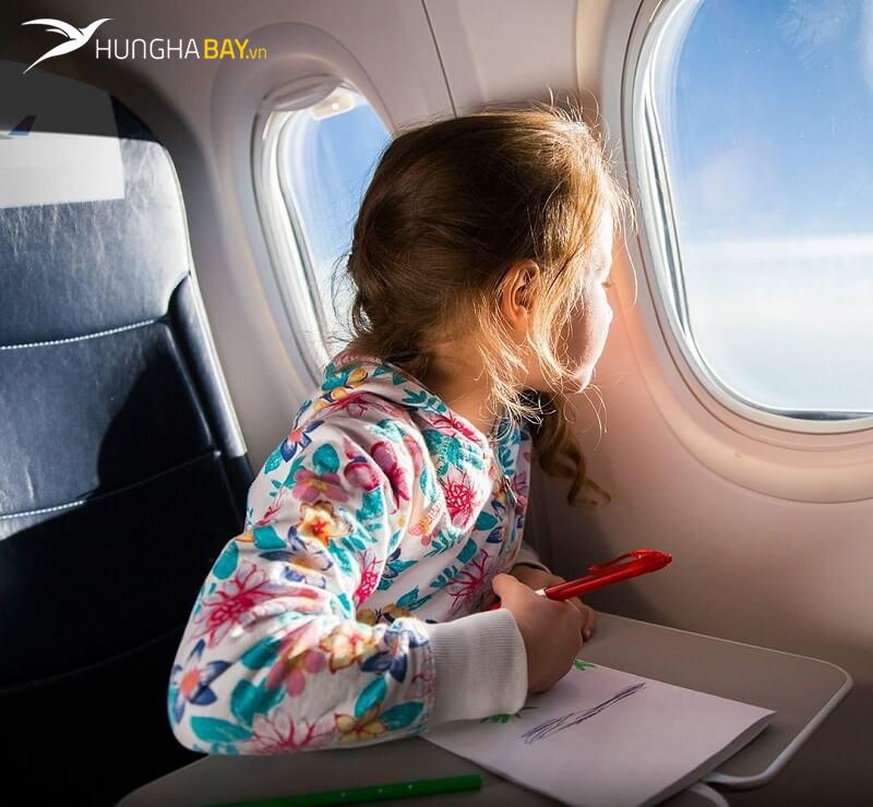 Mua vé máy bay Eva Air tại hunghabay.vn