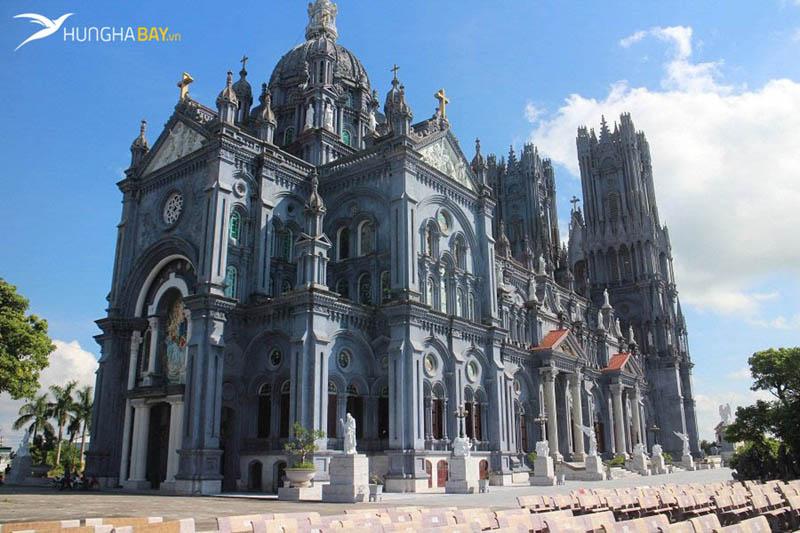 Nhà thờ Bác Trạch huyện Tiền Hải, Thái Bình
