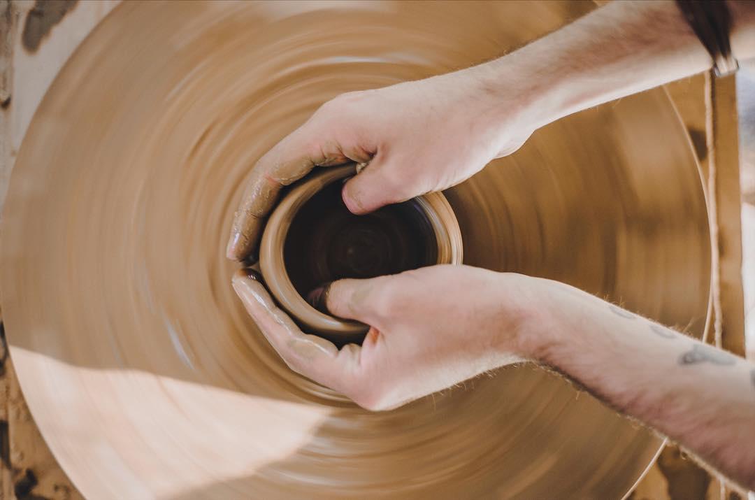 Bạn có thể tự tay làm những đồ gốm mà mình yêu thích