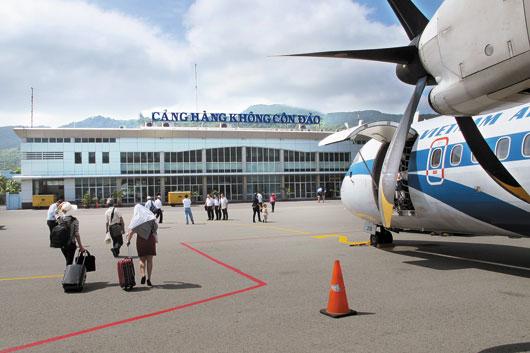 vé máy bay día rẻ đi côn đảo