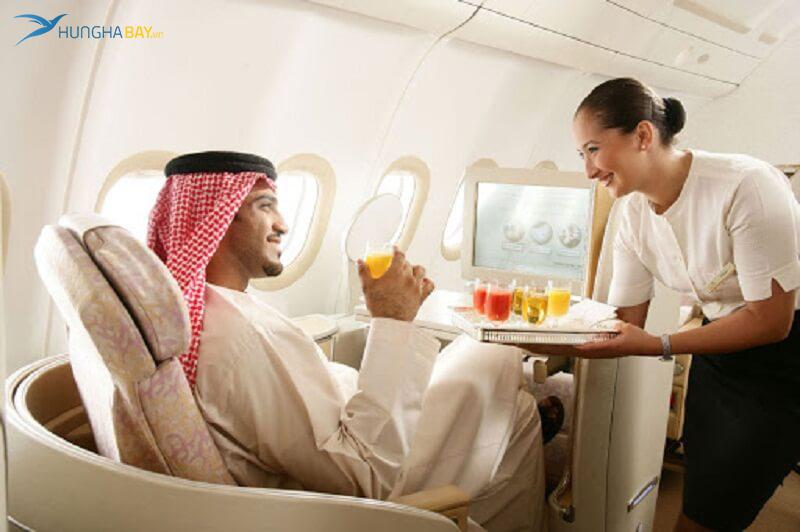 vé máy bay etihad airways có bữa ăn ngon miệng