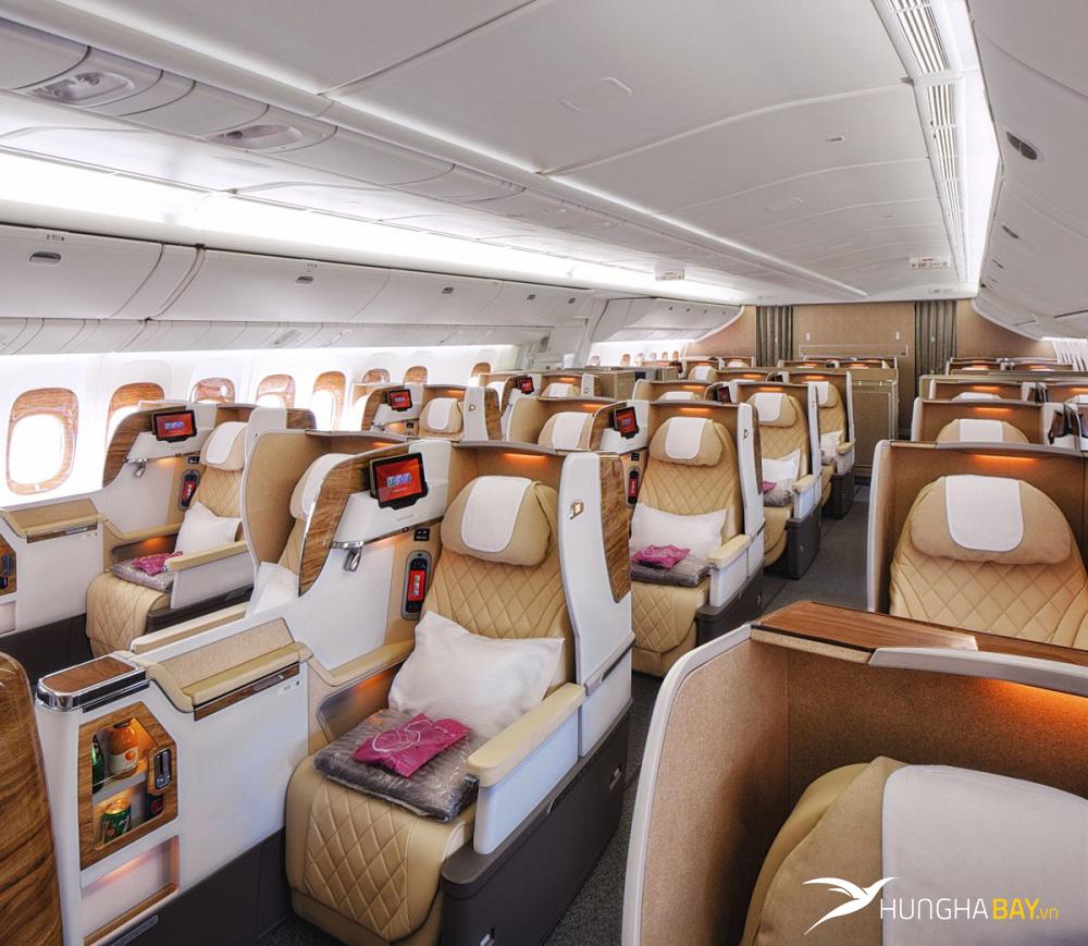 Các chặng bay của Emirates Airlines từ Việt Nam và giá vé máy bay
