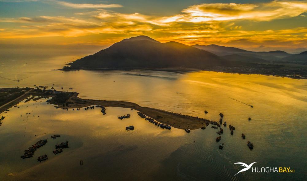 Vé máy bay đi Hà Tĩnh - Thời điểm lựa chọn đến với Hà Tĩnh nào là đẹp nhất?
