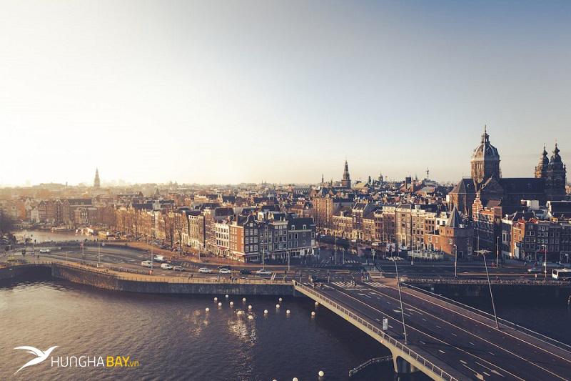 Hà Lan có những sân bay nào?