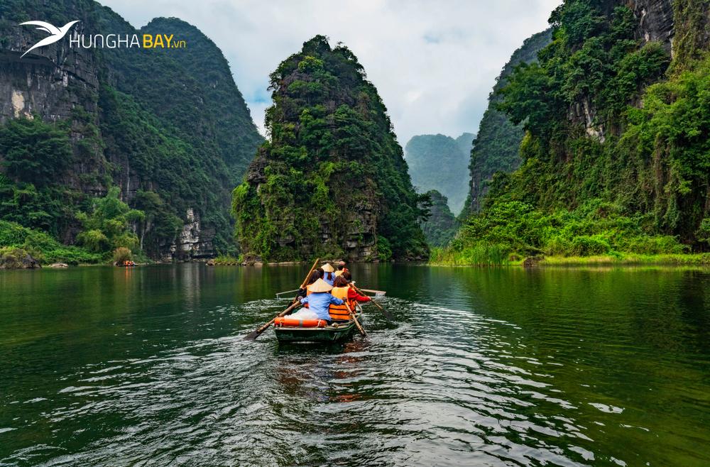 Đi Ninh Bình bằng máy bay