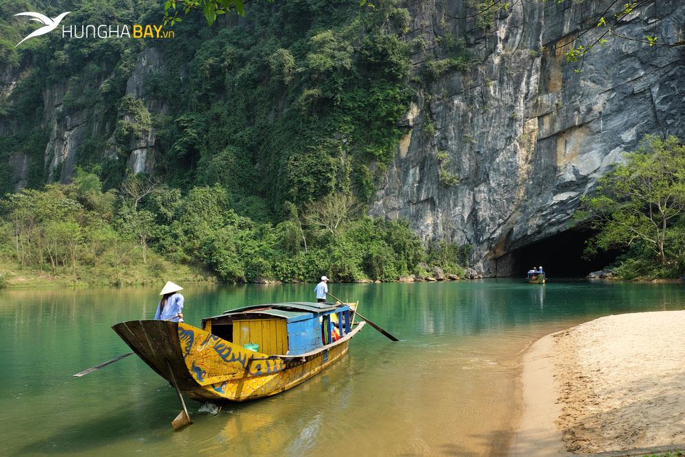 Chặng bay từ Sài Gòn đi Đồng Hới Quảng Bình