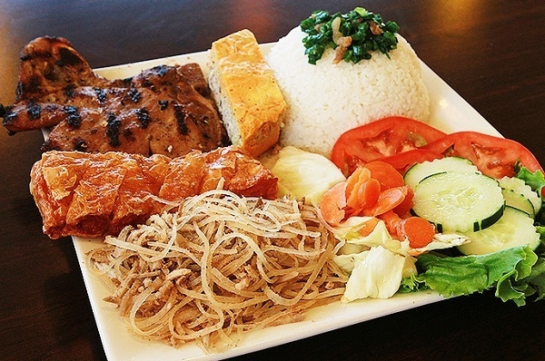 8 món ăn không thể bỏ qua khi đến Sài Gòn